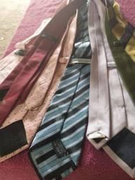Vendo 8 gravatas 70 reais todas novas são boa as marcas
