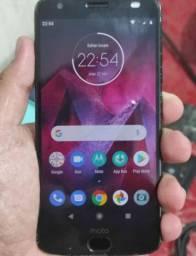 Motorola Z2 com snap de bateria