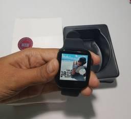 Smartwatch X8 (coloca papel de parede, faz e recebe ligações, toca música, etc)