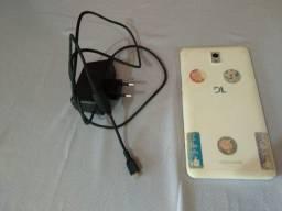 Tablet Dl Tabphone Duo 3g 8gb Com Mal Contato No Carregador