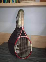 Raquete de tênis Wilson com capa