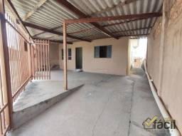 Casa para Venda em Presidente Prudente, Vila Luso, 2 dormitórios, 1 banheiro, 2 vagas