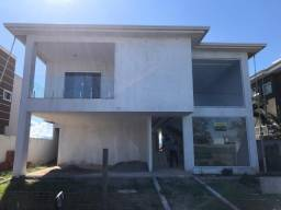 Maravilhosa casa com piscina no Village em Rio das Ostras - RJ - R$ 700.000,00