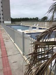 Alugo apto com piscina