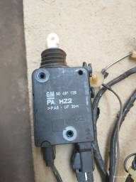 Trava Elétrica Porta Malas Astra