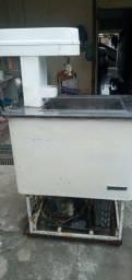 Maquina de picolés e sorvetes usada