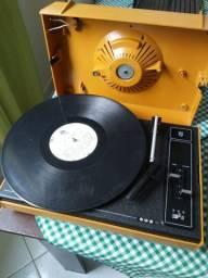 Vitrola Antiga Philips