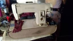 Maquina de costura singer portátil