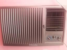 Ar condicionado eletrolux  10 mil btus