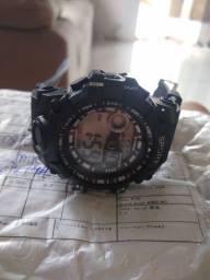 Vende-se relógio novo não é usado