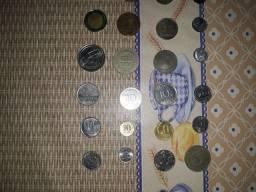 Cédulas e moedas antigas para colecionadores