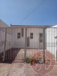 Casa para Locação em Marília, JARDIM NACIONAL, 3 dormitórios, 1 banheiro, 1 vaga