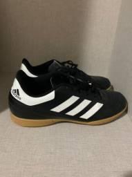 Chuteira Futsal Adidas.