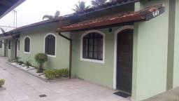 Alugo Casa em Caraguatatuba.