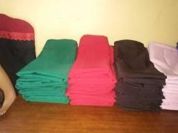 Vendo todas essas toalhas 44 unidade de mesa de 4 cadeira