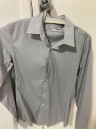 Título do anúncio: Camisa social zara tam M