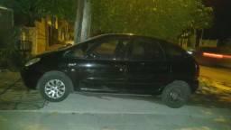 Citroën picasso 2003 em dia dut em branco