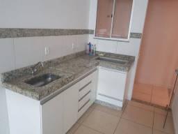 Vende-se apartamento no bairro Mata Grande em condomínio fechado