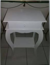 Título do anúncio: Móvel Aparador mesa de canto com gaveta na cor branca