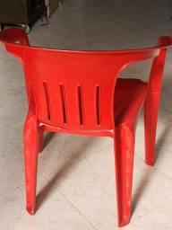 Cadeiras fortes com braços