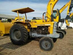 Trator CBT 2105