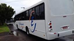 Ônibus neobus rodoviário - 2005