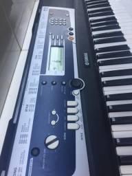 Teclado Yamaha Portatone YPT-210