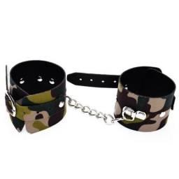 Algemas estilo braceletes camuflados