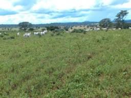 Fazenda 60 KM de Cuiabá com 1.940 hectares sentindo Manso