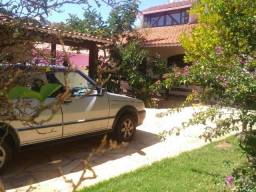 Vendo - Casa com três dormitórios em São Lourenço-MG