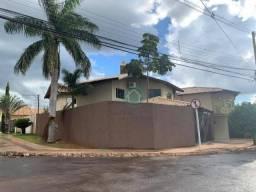 Sobrado com 3 dormitórios à venda, 177 m² por R$ 780.000 - Cidade Jardim - Campo Grande/MS