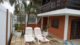 Sobrado com 3 quartos e piscina Pontal do Parana