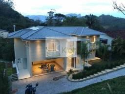Casa à venda no bairro Taquara - Petrópolis/RJ