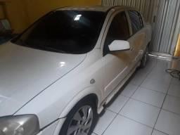 Vendo Astra pego moto como parte do pagamento - 2010