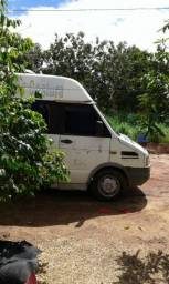 Van iveco daily 4912 ano 2000 - 2000