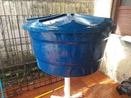 Caixa d'água de 500 ml.