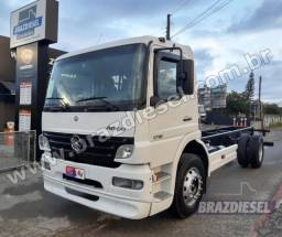 Mercedes Benz MB Atego 1718 ano 2008 no chassi 7 metros