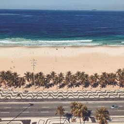 Copacabana vendo apartamento Double Suíte com 117 metro m², varanda, lazer, frontal mar