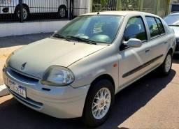 Clio sedan1.0 completo ar gelando