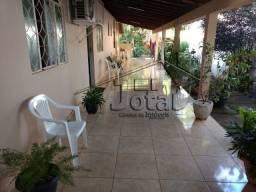 Vendo no bairro Vila dos Montes em Governador Valadares/MG
