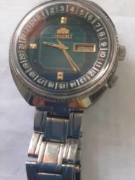 Vendo um relógio da marca orient antigo automatico 3 Chaves