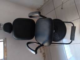 Cadeira e espelho para salão barbearia