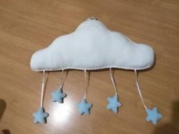 Mobile de nuvem p/ berço