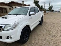 Toyota Hilux Srv Top