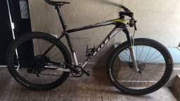 Bicicleta Scott Scale RC 900