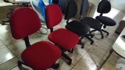5 cadeiras giratórias c/ regulagem de altura