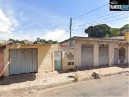 Casa na Vila Abajá, Imóvel de Renda, próximo a Avenida Leste Oeste, Oportunidade
