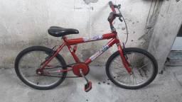 Vendo bicicleta aro 18 valor:R$150,00