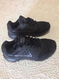 Tênis nike downshifter 7 feminino - preto e cinza usado
