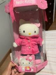 Boneca Hello Kitty na caixa